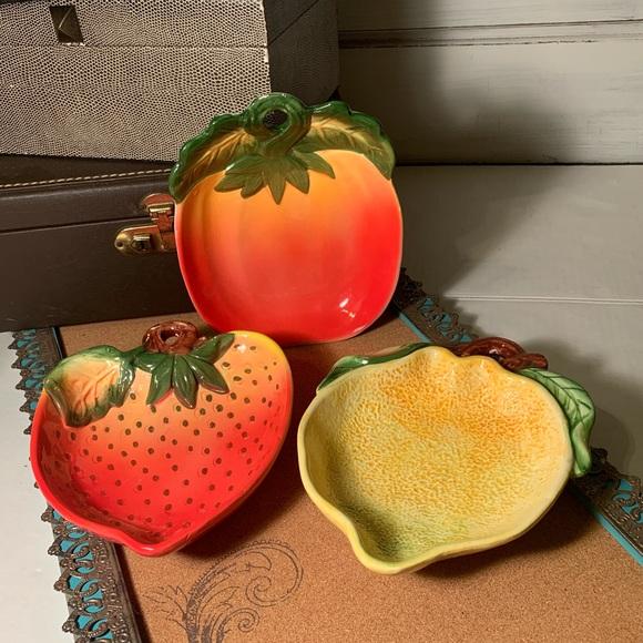 Vintage 3 Fruit Bowl Hangings (B21)
